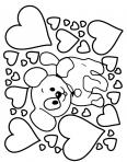 chien entouré de coeurs