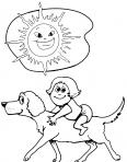 chien porte une fille sous le soleil