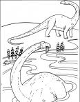 diplodocus dans l'eau